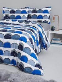 Everyday Collection Retro Curve Complete Bed Set