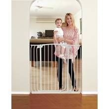 Dreambaby Chelsea Tall Auto-Close White Gate & Extensions